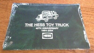 The Hess Toy Truck Book 4Oth Anniversary 1964 - 2004
