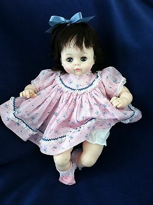 "MADAME ALEXANDER Vintage 1977 PUSSY CAT 15"" Original Crier Baby Doll"