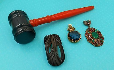 ESTATE COLLECTION MIXED LOT art deco Bakelite clip and gavel fancy brass pendant