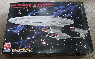 STAR TREK Generations USS ENTERPRISE Model Boxed with Instructions AMT Ertl 1995