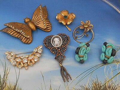 Estate mixed jewelry lot, older costume jewelry cameo butterfly rhinestones