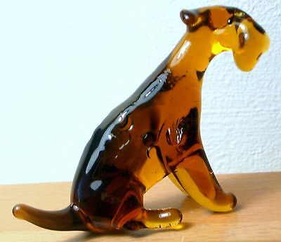 """Hand Blown """"murano"""" Glass Collectable Sitting Airedale Terrier  Dog Figurine"""