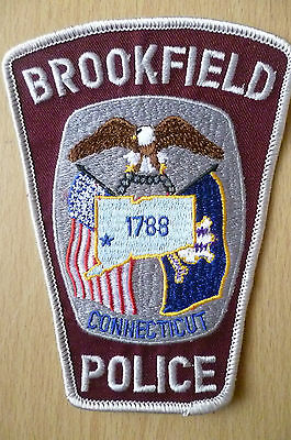 Patches: BROOKFIELD CONNECTICUT 1788 POLICE PATCH (NEW,apx.5.2x4 inch)