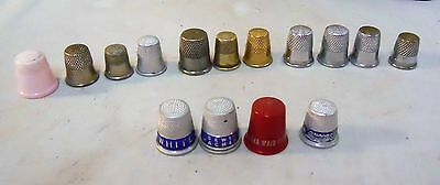 """15 vint. THIMBLES~METAL & PLASTIC some adv. """"QUEEN QUALITY SHOES-WHITE SEWING MA"""