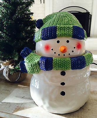 Adorable Scentsy Snowman cookie jar - Host exclusive hard to find Rare Retired