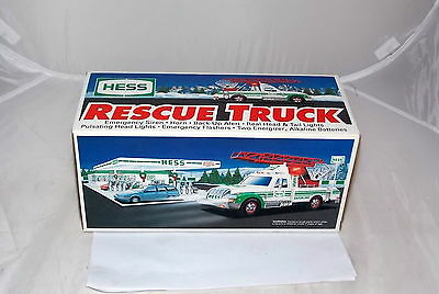 1994 Hess Rescue Truck w/ Real Lights, Siren, Horn & Ladder New in Box