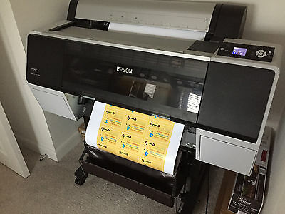 Epson Stylus Pro 7890 Large Format Inkjet Printer. 159 Pages. Almost Full Inks.