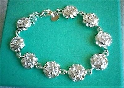 Beautiful Romantic Floral Bracelet In Solid Silver 925
