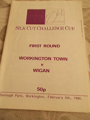 9.2.86 Workington Town v Wigan programme Challenge Cup