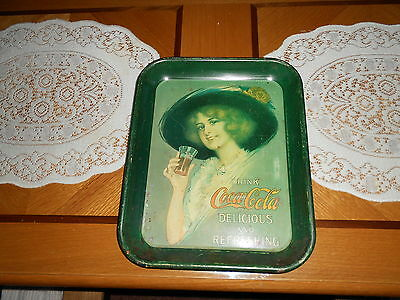 """Vintage Coca Cola Tray """"delicious And Refreshing"""" 1972 Tray Is In Good Shape"""