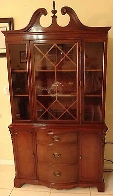Drexel Mahogany Dining Set w Buffet, China Hutch, Table w/ Leaves, & 6 Chairs