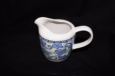 EUC Pfaltzgraff Blue Isle creamer only without sugar bowl  Mint Condition