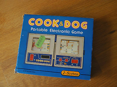 "Lcd game "" Cook & Dog "" Game time 2  screen  game watch"