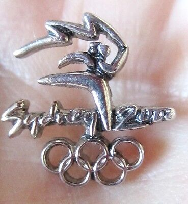 Sydney 2000 Olympics Logo with cutout rings Lapel pin dated