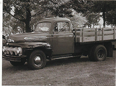 """*Postcard-""""Old Truck with Small Flatbed""""...CLASSIC--"""