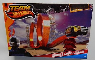 HOT WHEELS ~ DOUBLE LOOP LAUNCH TRACK SET ~ Incl 1 CAR ~ BRAND NEW, SEALED