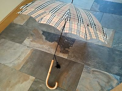 Vintage BURBERRY Walking Umbrella Plaid