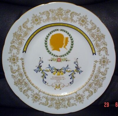Crown Staffordshire Collectors Plate ROYAL WEDDING PRINCESS ANNE & CAPT PHILLIPS