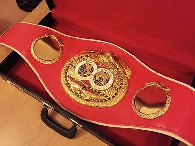 Official Old IBF Championship boxing belt-GENUINE-some wear signs-Case Included!