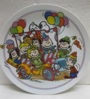 Snoopy Peanuts CLOWN CAPERS gang 1985 plate car party Schmid collectors