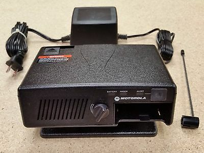 Motorola Pager Minitor V 5 Docking Station RLN5869A