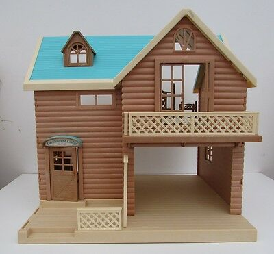 Sylvanian Families Larchwood Lodge House Furniture