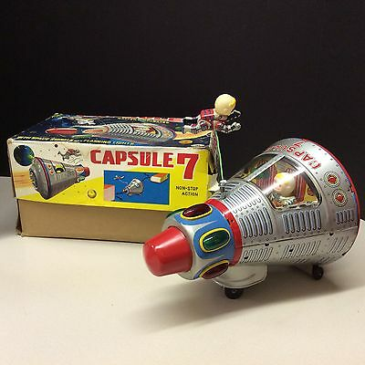 SPACE CAPSULE 7 - Battery Operated - Made in Japan - MINT WORKING CONDITION