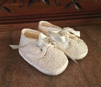 NEW Baby Boy Girl SARAH LOUISE Ivory Silk Christening Dress Crib Shoes 1~0 4 mo