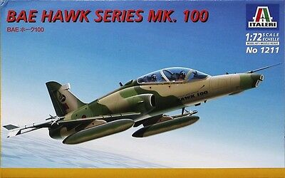 1211 Italeri BAE Hawk Series Mk.100 Aircraft Plastic Model Kit 1:72 - New UK