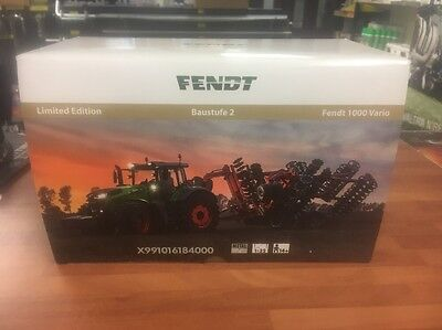 FENDT 1000 VARIO CONSTRUCTION STAGE 2 Limited Edition Scale 1/32 Tractor Wiking