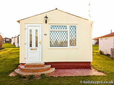 Holiday Chalet, small bungalow in Leysdown-on-sea for hire Priory Hill Park