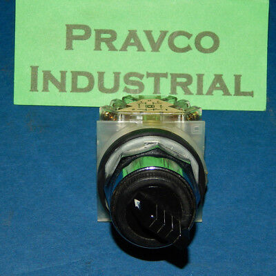 Square D 2 Position Selector Switch with 9001-KA1 Contact Block Series J 9001KA1