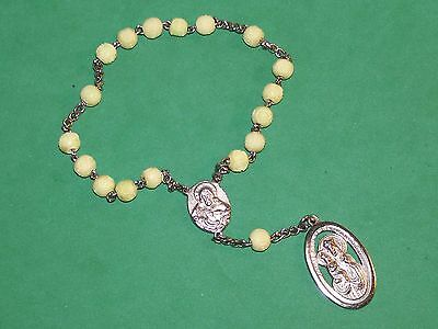 Old Sainte Anne Of Beaupre Bracelet Chaplet Off-White Carved Glass Beads Italy
