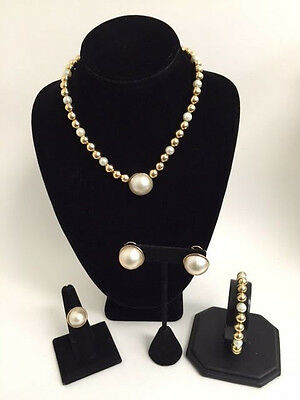 14Kt Yellow Gold Pearl Set Necklace, Ring, Earrings and Bracelet 60.0g.