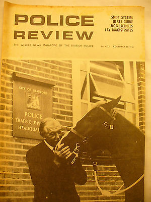 POLICE REVIEW WEEKLY NEWS 5th OCTOBER 1973 ex and original