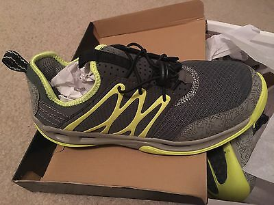 world wide sportsman starboard gray water shoe 9.5 US MENS NIB