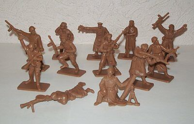 NEW!!! Plastic toy soldiers 1/32 WW2 Russian army set. 12pcs