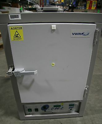 (1) Used VWR 1330FM Forced Air Safety Oven 15689