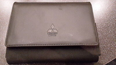 Mitsubishi Outlander (2013+) Owners Manual, Service Log Book and Wallet