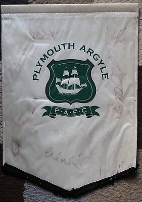 "PLYMOUTH ARGYLE FC Hand SIGNED 2006-07 16x11"" Pennant RARE"