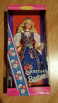 1995 DOTW  NORWEGIAN BARBIE COLLECTOR EDITION NRFB Norway Doll of the World