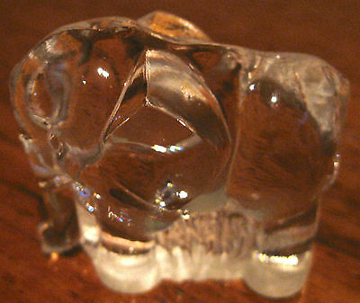 Collectable Retro Vintage Glass Elephant Figural Ornaments  (87)