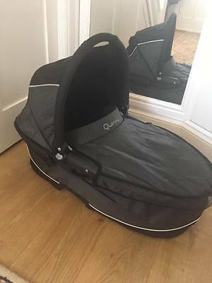 Quinny dreami carrycot for buzz