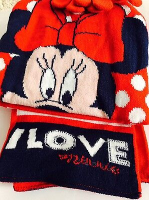Brand new girls Minnie Mouse hat, scarf and gloves set, 3-6 years
