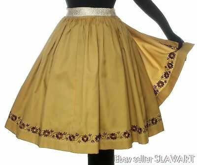 Moravian folk costume Czech embroidered apron ethnic dress peasant everyday kroj