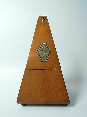 Beautiful Antique Vintage  Metronome Nach Maezel Mechanic Clockwork Made Of Wood