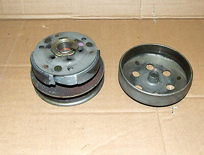 Peugeot Ludix 2 Complete Centrifugal Clutch 50 2T Embrayage Embrague Kupplung