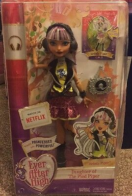 Play Dolls Ever After High Melody Piper with Fashion Accessories and Storybook