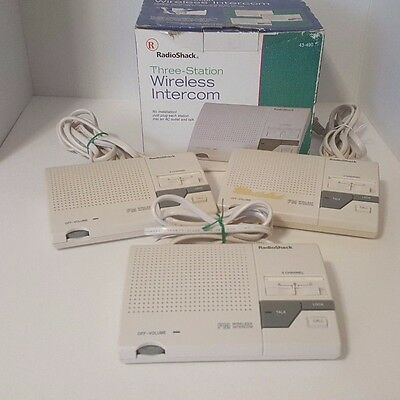 Radio Shack FM Wireless Intercom 3 Channel 43-490