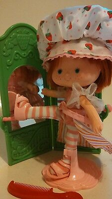 Vintage 1979 Strawberry Shortcake Limited Edition Ballerina Doll with Mirror